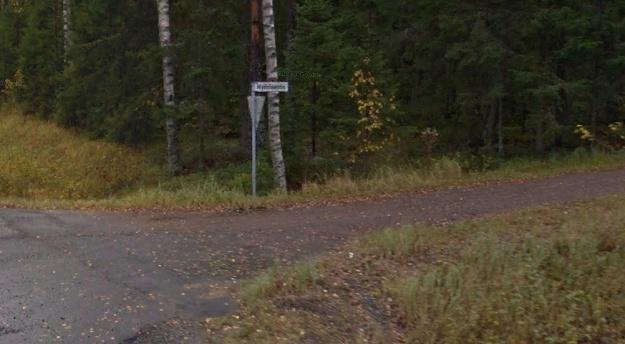 Tytön ruumis löytyi Kokemäen Kauvatsan kylästä lähellä KIikoisten rajaa Myönteentieltä. Kuva: Google Maps
