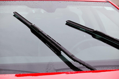 windshield wiper broken photo